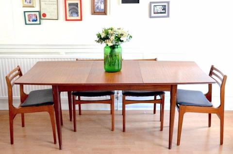 Vintage Richard Hornby for Heal's extending table and 4 teak chairs. Delivery. Midcentury / Danish