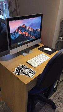 Apple iMac mini home office