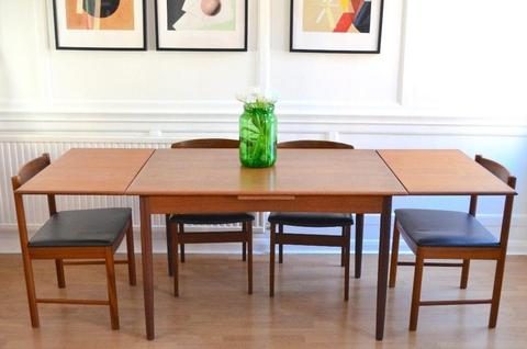 Vintage Danish extending teak table and 4 McIntosh chairs. Delivery. Modern / midcentury/retro