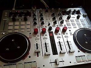 Vestax VCI DJ Controller