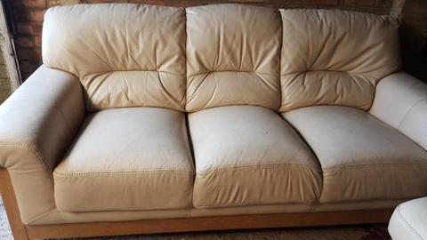 Oak wood and Leather Sofa Set - 3 Pieces