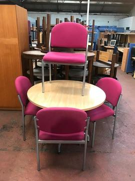 1000mm Round Meeting Table & 4 Chairs