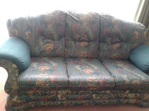 Large very comfortable, 3 seater settee high backed, good condition. Free