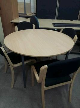 Round Meeting table and X4 chairs