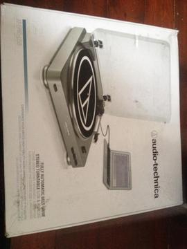 AUDIO TECHNICAL AT-LP60 USB TURNTABLE