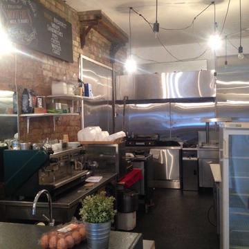 A1, A5,Retail,office,Italian/ Vietnamese/Pizza/Coffee shop/Takeaway £300pw inc rates&water